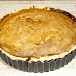 Have a savoury palate but still love puddings? Try this alternative to traditional marzipan Bakewell tart. The great taste of peanut butter, in a tart! Yum! | theyumyumclub.com
