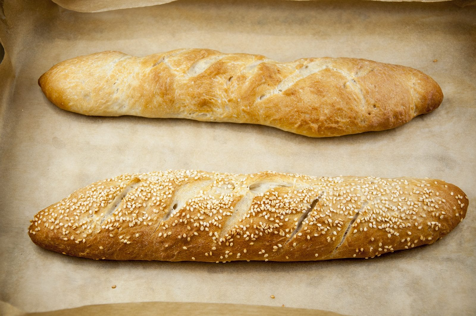 Nothing's better than the smell of freshly baked bread first thing. Ok, you have to get up early but it's worth it ????. Freshly baked French baguettes. Yum! | theyumyumclub.com