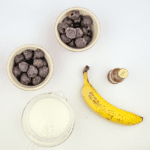 Look at this wonderful cherry and banana smoothie. Just 4 ingredients! Cherry, banana, milk, and a touch of vanilla essence. 1% fat and only 324 calories! Yum!   theyumyumclub.com